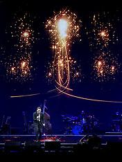 MAR 01 2014 Michael Buble live