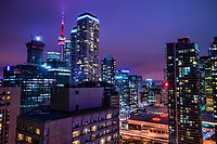 CN Tower & Toronto Metropolis @ Twilight