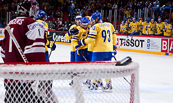 15.05.2012, Ericsson Globe, Stockholm, SWE, IIHF, Eishockey WM, Schweden (SWE) vs Lettland (LVL), im Bild Sverige Sweden scores a goal and cheers, Sverige Sweden 93 Johan Franzen, Sverige Sweden 40 Henrik Zetterberg, Sverige Sweden 21 Loui Eriksson // during the IIHF Icehockey World Championship Game between Schweden (SWE) vs Latvia (LVL) at the Ericsson Globe, Stockholm, Sweden on 2012/05/15. EXPA Pictures © 2012, PhotoCredit: EXPA/ PicAgency Skycam..***** ATTENTION - OUT OF SWE *****