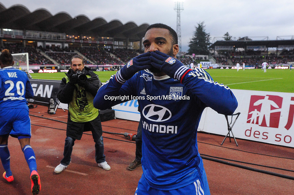 Joie Alexandre LACAZETTE - 07.12.2014 - Evian Thonon / Lyon - 17eme journee de Ligue 1 -<br />