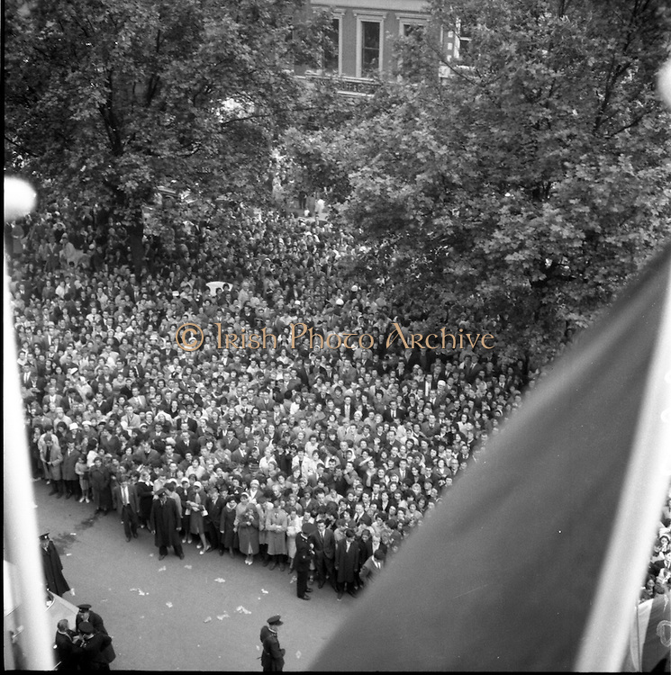 12/06/1961<br /> 06/12/1961<br /> 12 June 1961<br /> Royal Visit to Ireland by Princess Grace and Prince Rainier of Monaco.  The Royal couple at the Gresham Hotel, O'Connell Street, Dublin. Around 350 Gardai were overwhelmed by a crowd estimated by the Glasgow Herald as 20,000 strong, that surged around the Princess's car. Many people had to be treated by ambulance men and 12 were taken to hospital. The Royal couple were at the hotel for a ball and banquet in connection with the International Music Festival being held in Dublin.