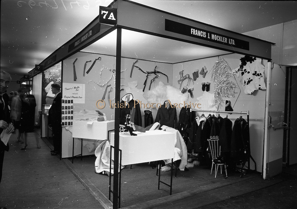 18/04/1966<br /> 04/18/1966<br /> 18 April 1966<br /> Stands and Models at the 3rd Irish Export Fashion Fair at the Intercontinental Hotel, Dublin. The Francis J. Mockler Ltd. stand at the fair.