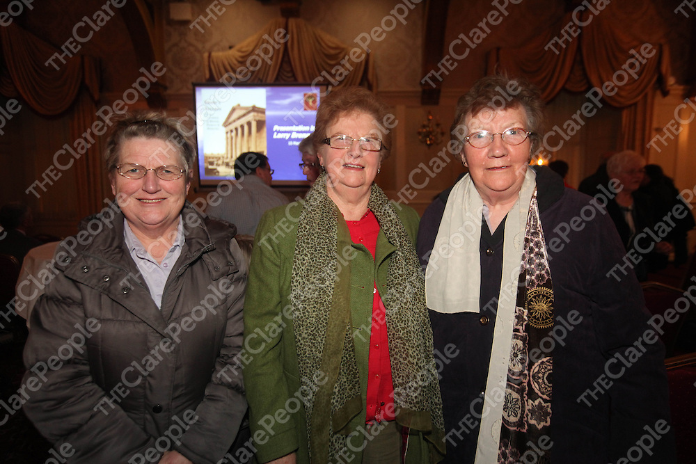 Kay Mangan, Keith Gilligan and Gretta Hynes pictured at the launch of Steeles Terrace in the Old Ground Hotel Ennis on Thursday.<br /> Pic. Brian Arthur/ Press 22.