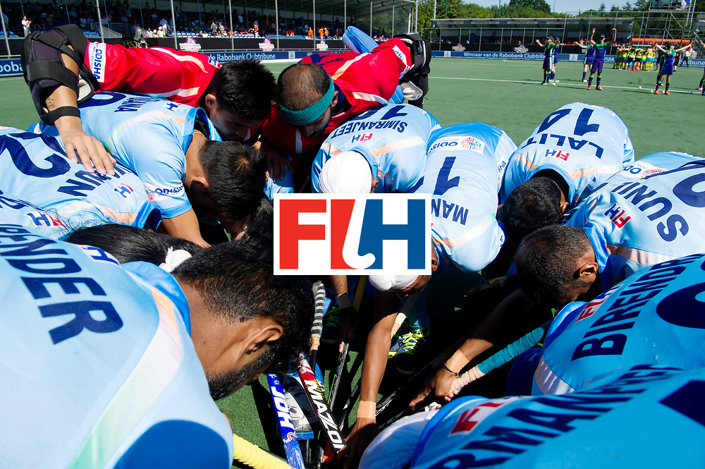 BREDA - Rabobank Hockey Champions Trophy<br /> Final Australia - India<br /> Photo: Indian huddle.<br /> COPYRIGHT WORLDSPORTPICS FRANK UIJLENBROEK