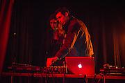 ESSAIE PAS<br /> PARTY DE CL&Ocirc;TURE, Casa del Popolo, Vendredi 24 octobre 2014. Essaie Pas (Marie Davidson; Pierre Guerineau)