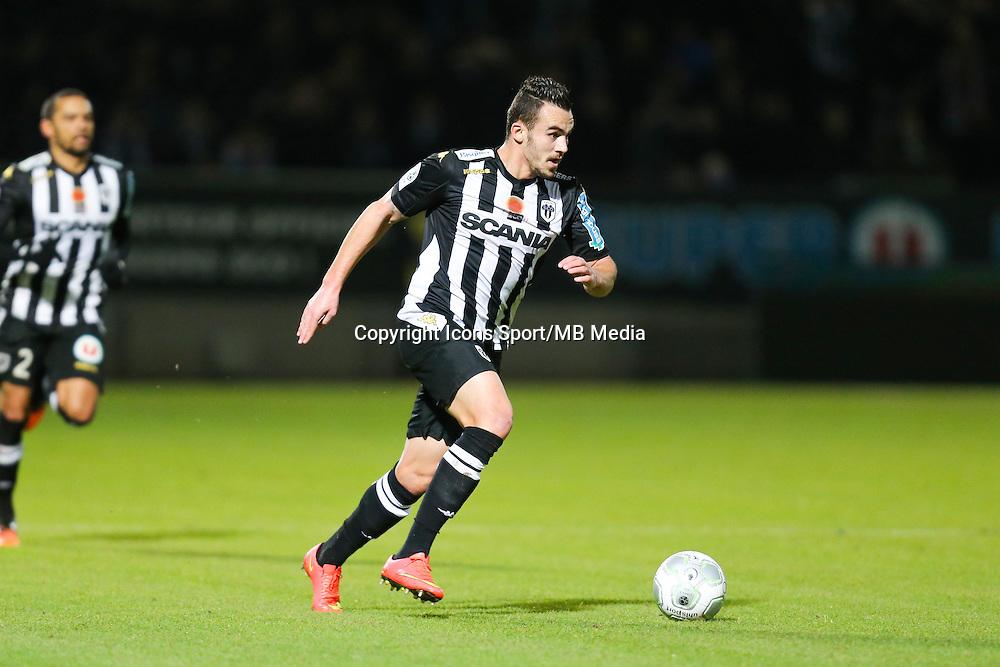 Sacha CLEMENCE  - 26.01.2015 - Angers / Brest - 21eme journee de Ligue 2 -<br /> Photo : Vincent Michel / Icon Sport