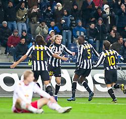 21.10.2010, Red Bull Arena, AUT, UEFA EL, FC Salzburg (AUT) vs Juventus Turin (ITA) , im Bild Jubel von Juventus Turin nach den Ausgleichstreffer von Milos Krasic,(Juventus Turin, Midfield, #27), EXPA Pictures © 2010, PhotoCredit: EXPA/ J. Feichter