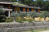 Mediterranean Garden 207