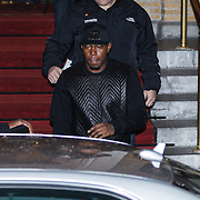 NLD/Amsterdam/20131109 - Dizzee Rascal leaving his hotel for leaving to the MTV EMA 2013