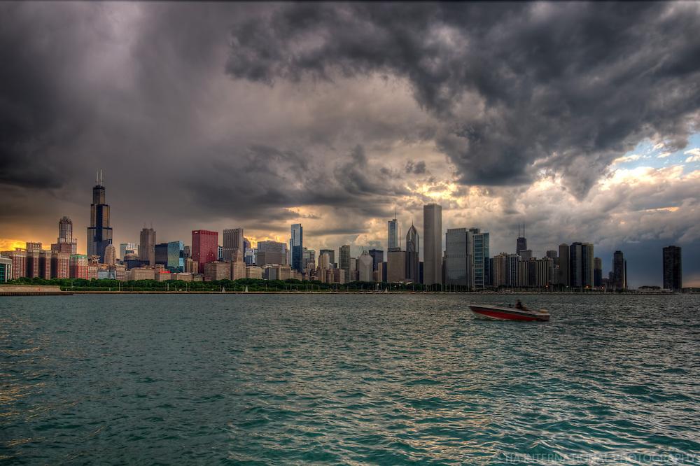 Brewing Thunderstorm over Chicago Skyline & Lake Michigan