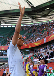27.06.2011, Arena im Allerpark Wolfsburg , Wolfsburg ,  GER, FIFA Women Worldcup 2011, Gruppe B ,   Mexico (MEX) vs. England (ENG). im Bild Coach Hope Powell (ENG) during the FIFA Women Worldcup 2011, Pool B, Mexico vs England on 2011/06/26, Arena im Allerpark , Wolfsburg, Germany.  .EXPA Pictures © 2011, PhotoCredit: EXPA/ nph/  Hessland       ****** out of GER / SWE / CRO  / BEL ******