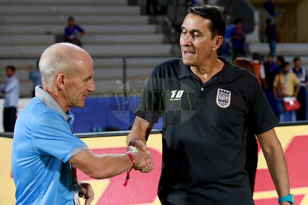 Alexandre Guimaraes of Mumbai City FC Coach and Steve Coppell of Jamshedpur FC Coach during match 61 of the Hero Indian Super League between Mumbai City FC and Jamshedpur FC held at the Mumbai Football Arena, Mumbai India on the 1st Feb  2018<br /> <br /> Photo by: Faheem Hussain / ISL / SPORTZPICS