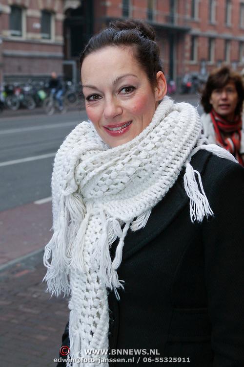 NLD/Amsterdam/20111120 - Premiere De Eetclub, Miryanne van Reeden
