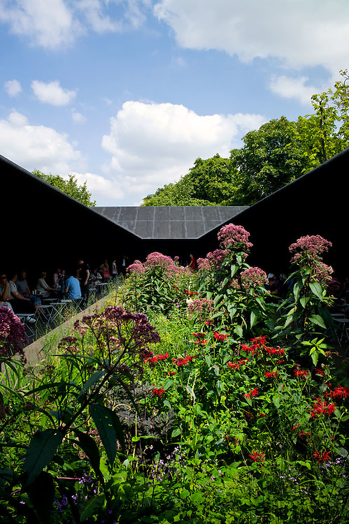 Photos of the high contrast Hortus Conclusus at the Serpentine Gallary by Peter Zumthor, May 2011