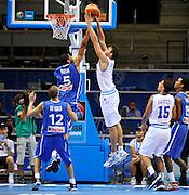 DESCRIZIONE : Siauliai Lithuania Lituania Eurobasket Men 2011 Preliminary Round Italia Francia Italy France<br /> GIOCATORE : Danilo Gallinari Nicolas Batum<br /> SQUADRA : Francia France<br /> EVENTO : Eurobasket Men 2011<br /> GARA : Italia Francia Italy France<br /> DATA : 04/09/2011 <br /> CATEGORIA : stoppata rimbalzo<br /> SPORT : Pallacanestro <br /> AUTORE : Agenzia Ciamillo-Castoria/JF Molliere<br /> Galleria : Eurobasket Men 2011 <br /> Fotonotizia : Siauliai Lithuania Lituania Eurobasket Men 2011 Preliminary Round Italia Francia Italy France<br /> Predefinita :