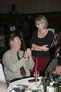Ferninand Mount, THE RAPT QUIZ, 13 November  2006, Hammersmith Town Hall. ONE TIME USE ONLY - DO NOT ARCHIVE  © Copyright Photograph by Dafydd Jones 66 Stockwell Park Rd. London SW9 0DA Tel 020 7733 0108 www.dafjones.com
