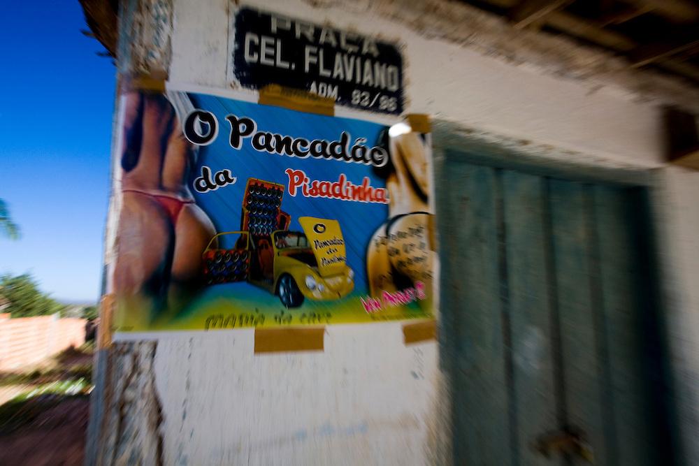 Januaria_MG, Brasil...Cartaz de baile de funk em Januaria, Minas Gerais...Sign of Funk party in Januaria, Minas Gerais...Foto: LEO DRUMOND / NITRO