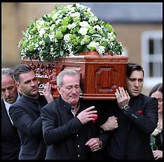 NOV 03 2014 Lynda Bellingham funeral