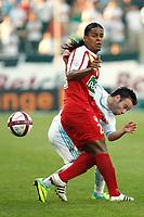 FOOTBALL - FRENCH CHAMPIONSHIP 2011/2012 - L1 - OLYMPIQUE MARSEILLE v STADE BRESTOIS  - 2/10/2011 - PHOTO PHILIPPE LAURENSON / DPPI - MATHIEU VALBUENA (OM) / JAIRO CJULMA (BRE)