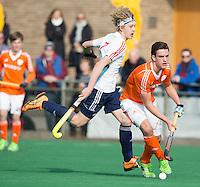 ROTTERDAM -   Olivier van Tongeren  (Neth)  with Ethan Hoddle(Eng)  . Practice Match  Hockey : Netherlands Boys U16  v England U16 . COPYRIGHT KOEN SUYK