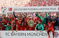 18.05.2019, Allianz Arena, Muenchen, GER, 1. FBL, FC Bayern Muenchen vs Eintracht Frankfurt, 34. Runde, Meisterfeier nach Spielende, im Bild Mannschaftsbild FC Bayern Deutscher Meister // during the celebration after winning the championship of German Bundesliga season 2018/2019. Allianz Arena in Munich, Germany on 2019/05/18. EXPA Pictures © 2019, PhotoCredit: EXPA/ SM<br /> <br /> *****ATTENTION - OUT of GER*****