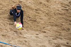 25-08-2018 NED: DELA Beach NK Volleyball, Scheveningen<br /> Laura Bloem NED #2