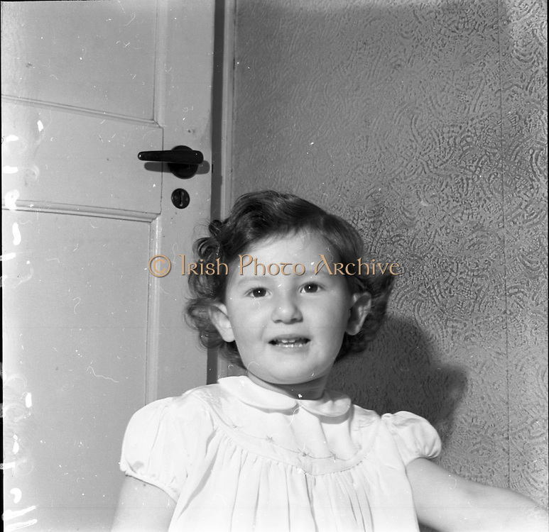 11/9/1952<br />