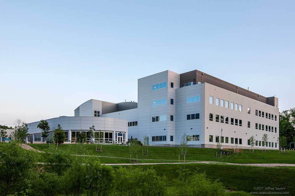 Germantown MD Qiagen laboratory exterior image by Jefrey Sauers of Commercial Photographics