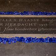 NLD/Amsterdam/20180201 - Onthulling gedenksteen Hella S. Haasse in de Nieuwe Kerk,