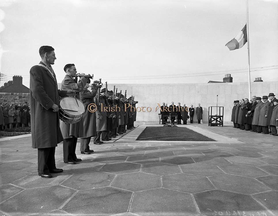 Arbour HIll Commemoration (Fianna Fail), Dublin. 06/04/1958.
