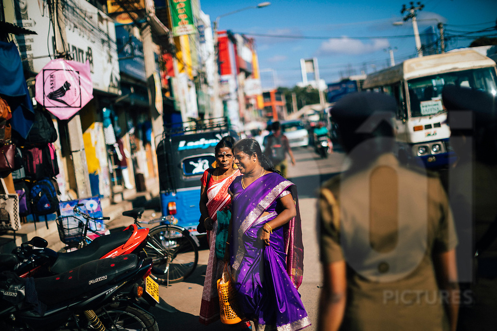 Crowds in the late afternoon at the central market and bus station in downtown Jaffna, Sri Lanka, Asia