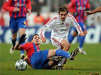 v.l. Mirel Radoi Steaua, Philipp Lahm <br /> <br /> Champions League Bayern Muenchen - Steaua Bukarest<br /> Bayern München - Steaua Bukarest<br /> <br /> Norway only