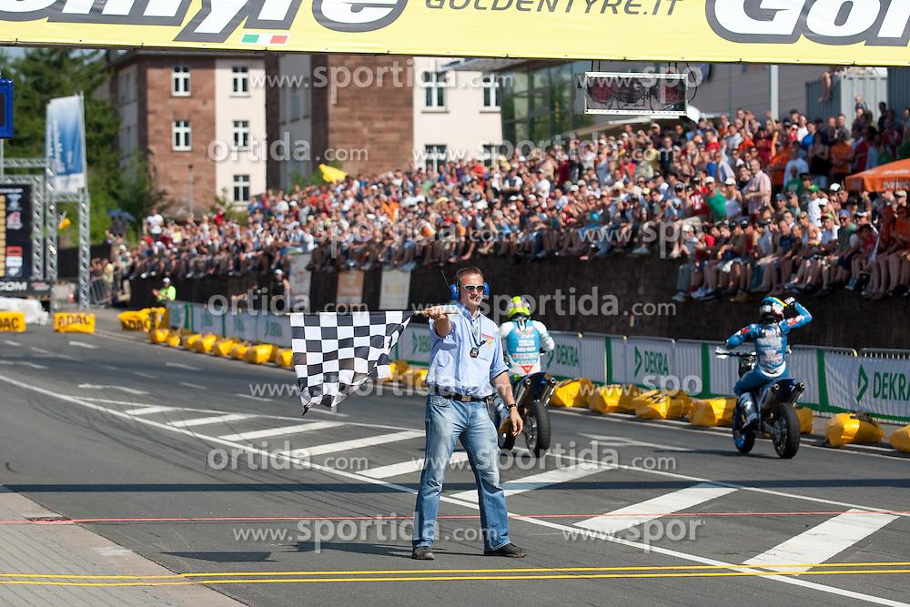 11.07.2010, Wendelinuspark, Sankt Wendel, GER, Supermoto WM, Race 3, im Bild von links Zielflagge, EXPA Pictures © 2010, PhotoCredit: EXPA/ A. Neis / SPORTIDA PHOTO AGENCY