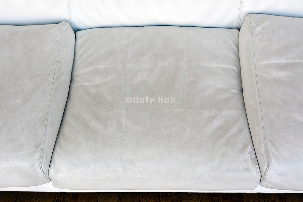 white leather bench cushions