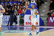 DESCRIZIONE : Eurolega Euroleague 2014/15 Gir.A Dinamo Banco di Sardegna Sassari - Real Madrid<br /> GIOCATORE : Edgar Sosa<br /> CATEGORIA : Palleggio Schema Mani<br /> SQUADRA : Dinamo Banco di Sardegna Sassari<br /> EVENTO : Eurolega Euroleague 2014/2015<br /> GARA : Dinamo Banco di Sardegna Sassari - Real Madrid<br /> DATA : 12/12/2014<br /> SPORT : Pallacanestro <br /> AUTORE : Agenzia Ciamillo-Castoria / Luigi Canu<br /> Galleria : Eurolega Euroleague 2014/2015<br /> Fotonotizia : Eurolega Euroleague 2014/15 Gir.A Dinamo Banco di Sardegna Sassari - Real Madrid<br /> Predefinita :
