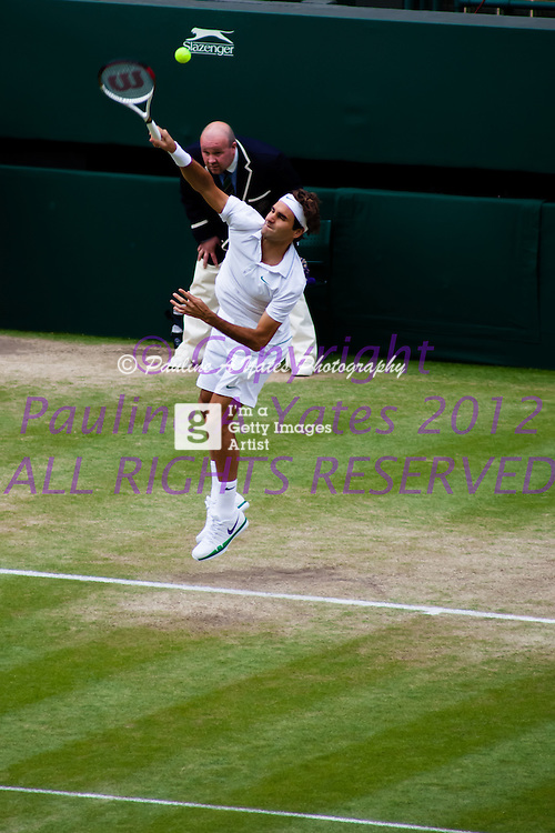 Roger Federer - First serve of the match. Wimbledon 2012, Day 7