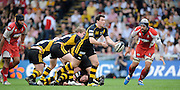 Wycombe, GREAT BRITAIN, Wasps',  Tom VOYCE, off loads the ball, during the Guinness Premiership game, London Wasps vs Gloucester Rugby, Sun. 04.05.2008 [Mandatory Credit Peter Spurrier/Intersport Images]