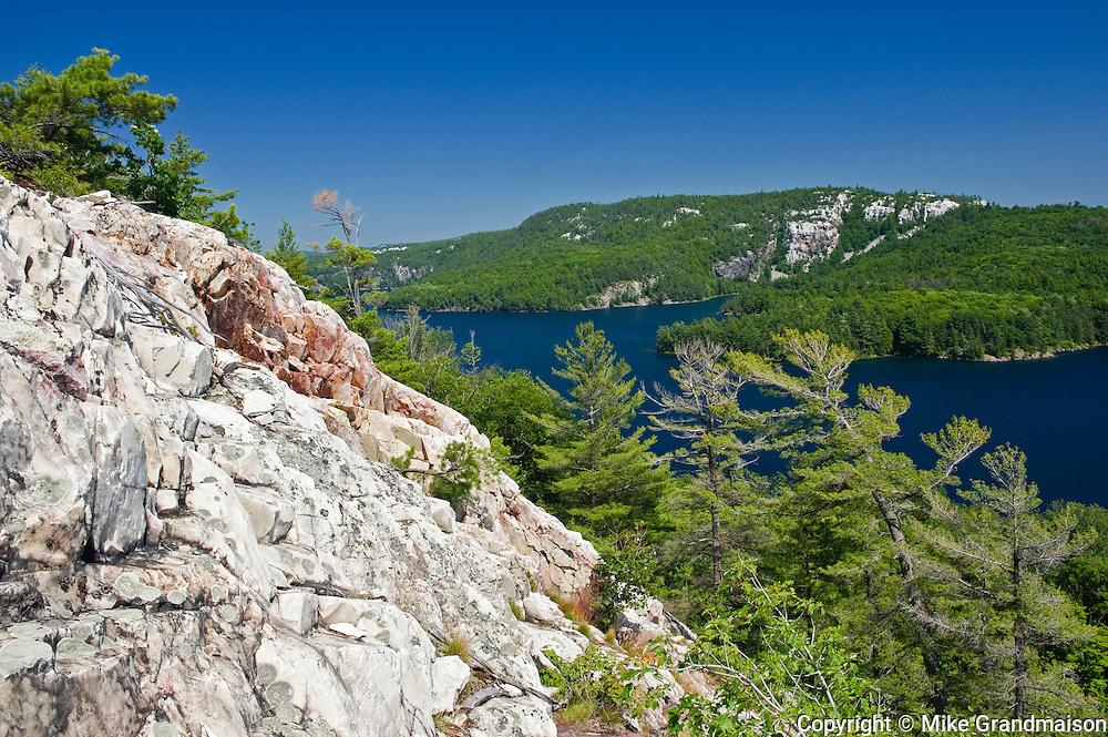 White quartzite rock of the La Cloche Hills at Killarney Lake<br /> Killarney Provincial Park<br /> Ontario<br /> Canada