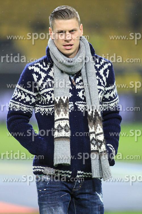 01.11.2013, Signal Iduna Park, Dortmund, GER, 1. FBL, Borussia Dortmund vs VfB Stuttgart, 11. Runde, im Bild Lukas Piszczek #26 (Borussia Dortmund) // during the German Bundesliga 11th round match between Borussia Dortmund and VfB Stuttgart at the Signal Iduna Park in Dortmund, Germany on 2013/11/02. EXPA Pictures &copy; 2013, PhotoCredit: EXPA/ Eibner-Pressefoto/ Schueler<br /> <br /> *****ATTENTION - OUT of GER*****