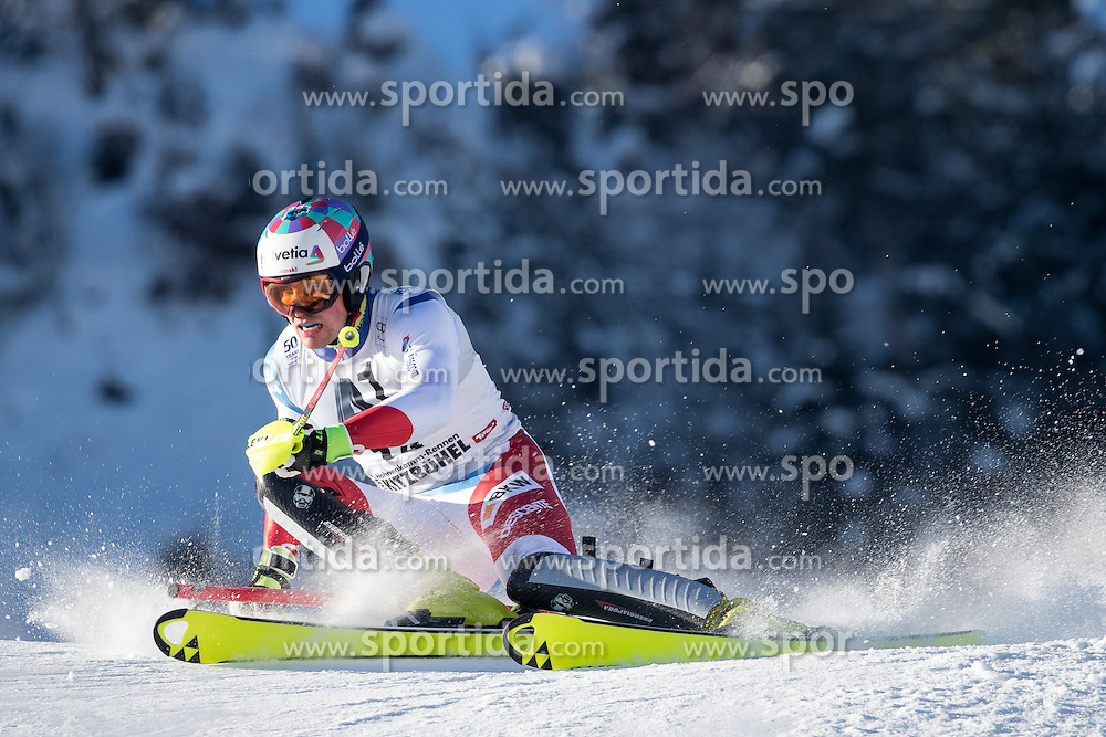 22.01.2017, Hahnenkamm, Kitzbühel, AUT, FIS Weltcup Ski Alpin, Kitzbuehel, Slalom, Herren, 1. Lauf, im Bild Daniel Yule (SUI) // Daniel Yule of Switzerland in action during his 1st run of men's Slalom of FIS ski alpine world cup at the Hahnenkamm in Kitzbühel, Austria on 2017/01/22. EXPA Pictures © 2017, PhotoCredit: EXPA/ Johann Groder