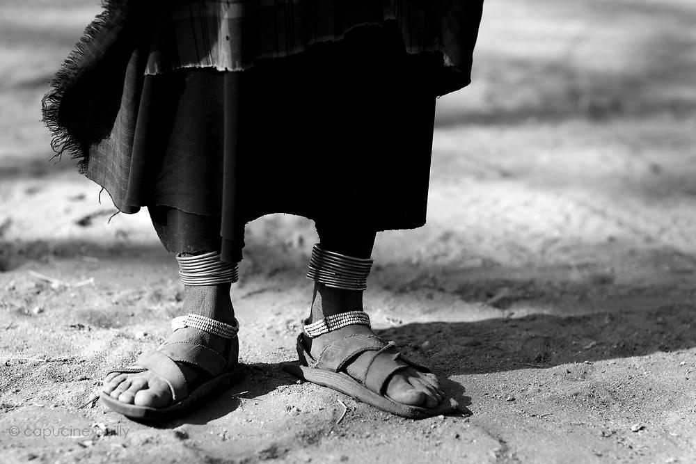 TANZANIA. Gols Mountains. August 11th 2009..Maasai feet