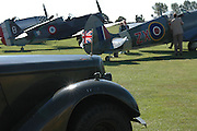 Goodwood Revival Meeting. Saturday 17 September 2005.  ONE TIME USE ONLY - DO NOT ARCHIVE  © Copyright Photograph by Dafydd Jones 66 Stockwell Park Rd. London SW9 0DA Tel 020 7733 0108 www.dafjones.com