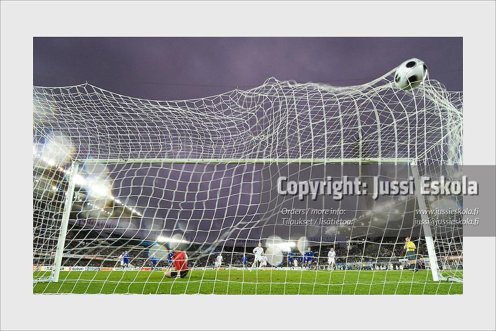 Mikael Forssell scores winning goal from a penalty kick. Finland - Azerbaidzhan, Helsinki, October 11, 2008.
