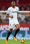 SEVILLE, SPAIN - OCTOBER 28:  Steven N'Zonzi of Sevilla FC in action during the La Liga match between Sevilla and Leganes at  Estadio Sanchez Pizjuan on October 28, 2017 in Seville, .  (Photo by Aitor Alcalde Colomer/Getty Images)