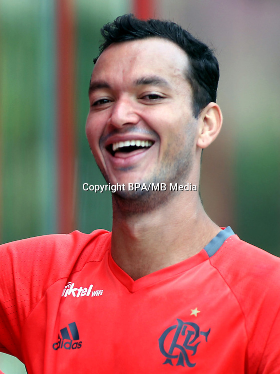 Brazilian Football League Serie A / <br /> ( Clube de Regatas do Flamengo ) - <br /> Rever Humberto Alves Araujo &quot; Rever &quot;