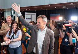 06.05.2018, Innsbruck, AUT, Bürgermeisterstichwahl Innsbruck, Wahlergebnis, im Bild v.l. Georg Willi (Die Grünen) // during the mayoral stitch election in Innsbruck, Austria on 2018/05/06. EXPA Pictures © 2018, PhotoCredit: EXPA/ Johann Groder
