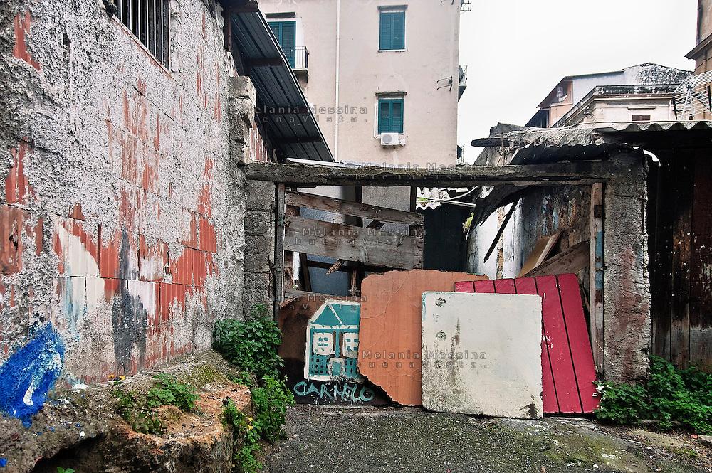 Palermo, quartiere Borgo vecchio, periferia degradata nel cuore della citt&agrave;.<br /> Palermo: &quot;Borgo Vecchio district&quot; deprived suburb within the heart of the city