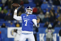 Kentucky linebacker Drew Barker threw 129 yards in the  in the first half.<br /> <br /> The University of Kentucky hosted Charlotte, Saturday, Nov. 21, 2015 at Commonwealth Stadium in Lexington.