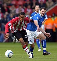 Fotball<br /> Premier League 2004/05<br /> Southampton v Birmingham<br /> 24. oktober 2004<br /> Foto: Digitalsport<br /> NORWAY ONLY<br /> Dexter Blackstock gets away from Damien Johnson