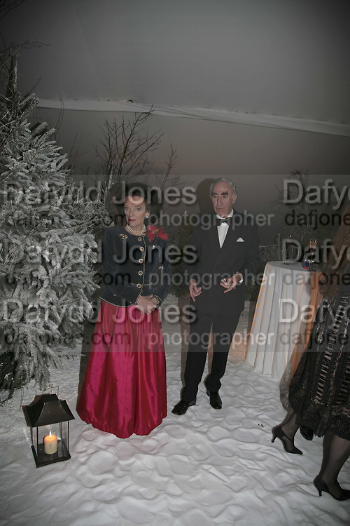President of the charity Lady Newall and her husband Sir Paul Newall. British Red Cross Ball, Waterloo. London. 16 November 2006.  TIME USE ONLY - DO NOT ARCHIVE  © Copyright Photograph by Dafydd Jones 66 Stockwell Park Rd. London SW9 0DA Tel 020 7733 0108 www.dafjones.com